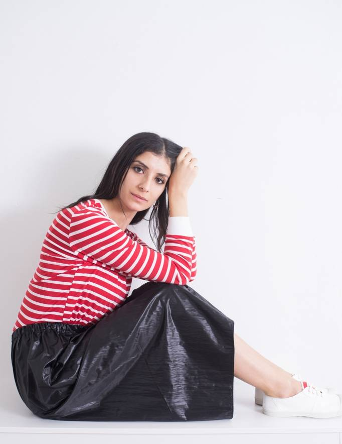 Alef Alef | אלף אלף - בגדי מעצבים | חצאית Cameron שחור מבריק