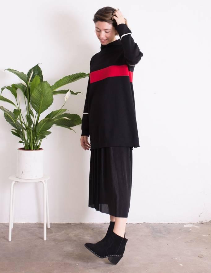 Alef Alef | אלף אלף - בגדי מעצבים | סוודר Adam שחור פס כחול