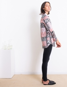 Alef Alef   אלף אלף - בגדי מעצבים   חולצת Margo דפוס משולב