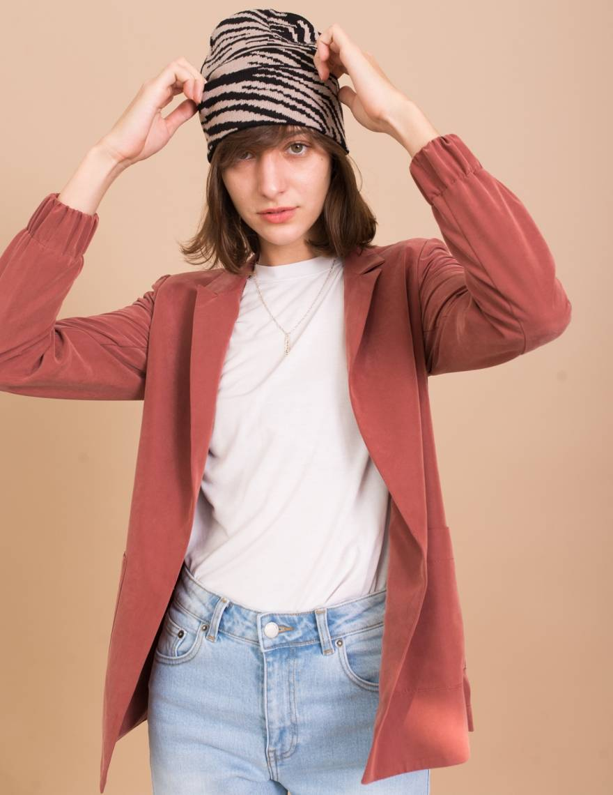 Alef Alef | אלף אלף - בגדי מעצבים | כובע צמר שחור/ אפור