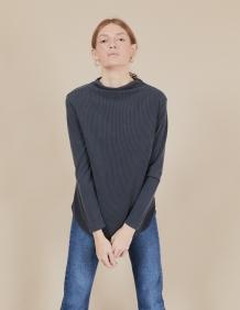 Alef Alef | אלף אלף - בגדי מעצבים | חולצת Susan | אפור כהה פסים