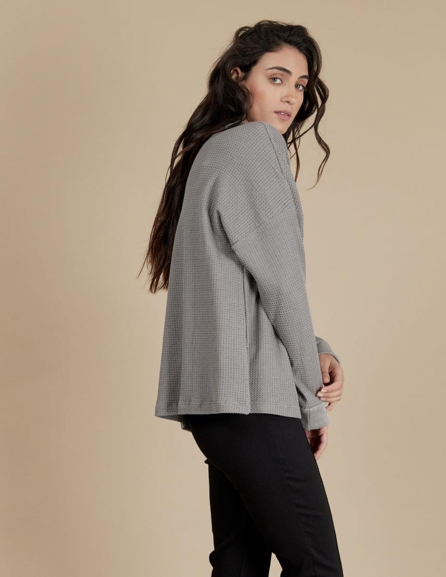 Alef Alef | אלף אלף - בגדי מעצבים | חולצת Greta אפור בהיר
