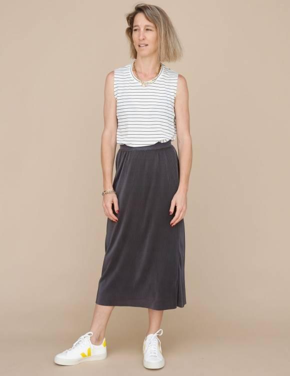 Alef Alef | אלף אלף - בגדי מעצבים | חצאית Rosen אפור כהה