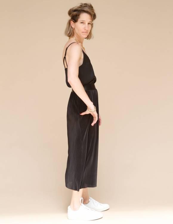 Alef Alef | אלף אלף - בגדי מעצבים | חצאית Rosen שחור