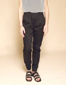 Alef Alef | אלף אלף - בגדי מעצבים | מכנסי Dayan שחור