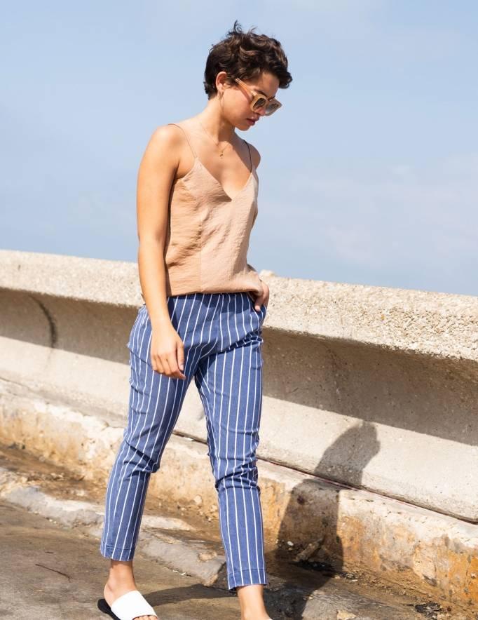 Alef Alef | אלף אלף - בגדי מעצבים | מכנסי Leon כחול פס לבן