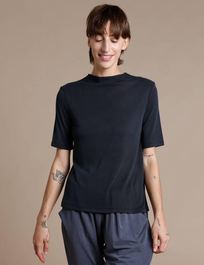Alef Alef | אלף אלף - בגדי מעצבים | חולצת Denali שחור