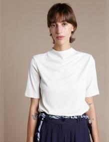 Alef Alef | אלף אלף - בגדי מעצבים | חולצת Denali שמנת ריב