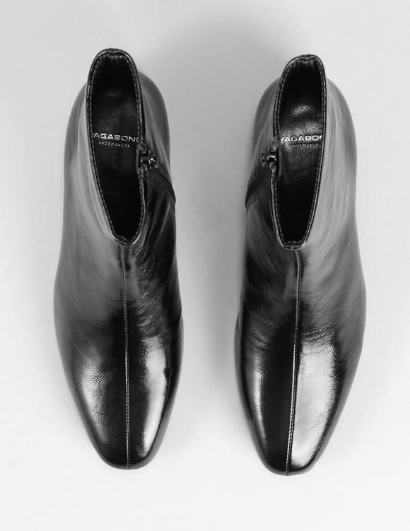 Alef Alef | אלף אלף - בגדי מעצבים | נעלי Vagabond/ Joyce