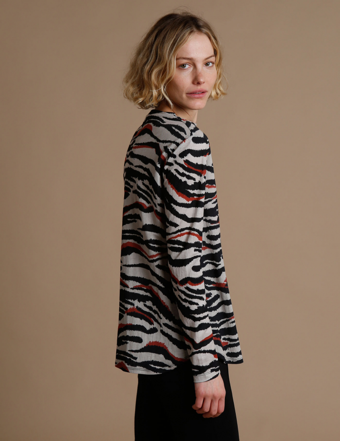 Alef Alef   אלף אלף - בגדי מעצבים   חולצת Saana   זברה