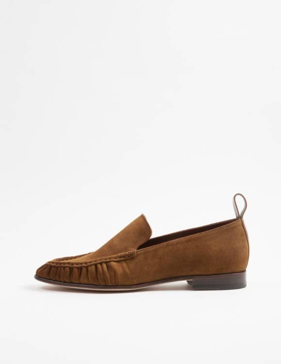 Alef Alef | אלף אלף - בגדי מעצבים | נעלי Casper|  Act // חום זמש