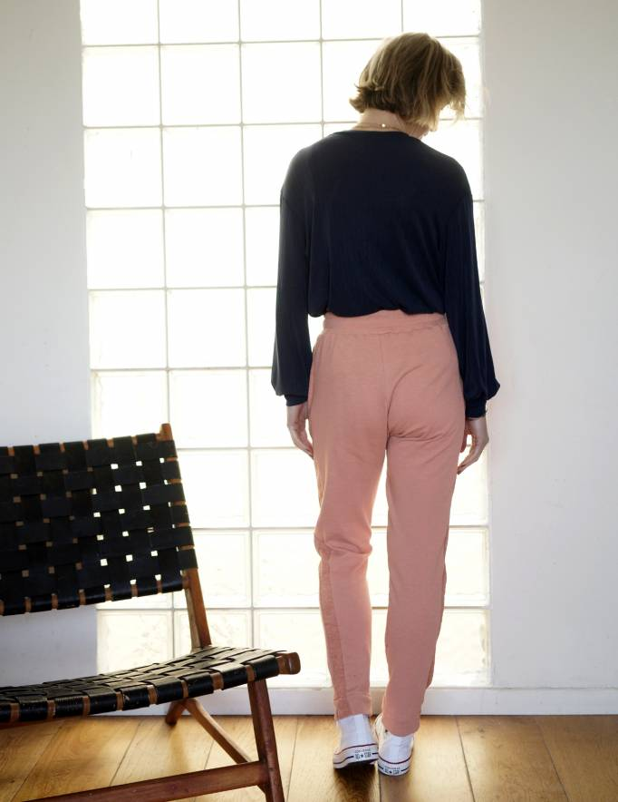 Alef Alef | אלף אלף - בגדי מעצבים | מכנסי KUNA אפרסק