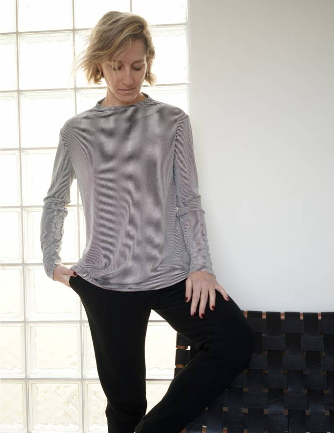 Alef Alef | אלף אלף - בגדי מעצבים | חולצת Saana | פסים שחור/לבן