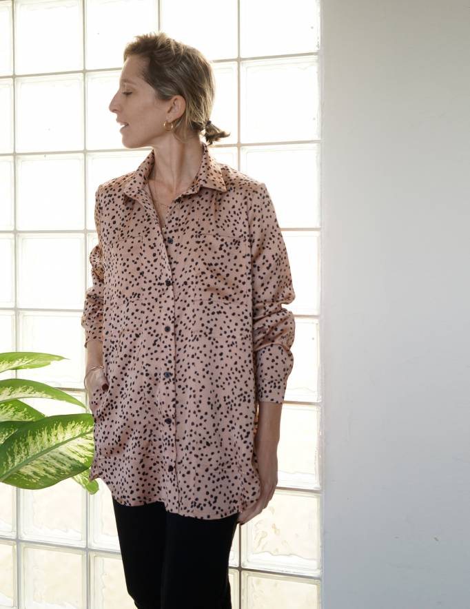 Alef Alef | אלף אלף - בגדי מעצבים | חולצת Tavor ורוד/שחור