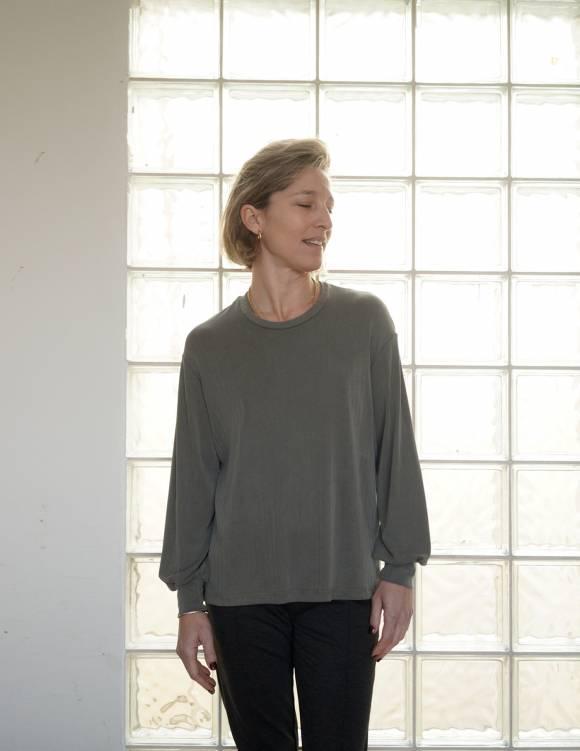 Alef Alef | אלף אלף - בגדי מעצבים | חולצת NAPOLEON זית
