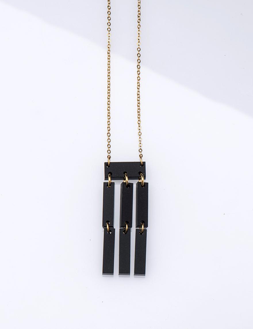 Alef Alef | אלף אלף - בגדי מעצבים | שרשרת NIA מלבנים שחורה ארוכה