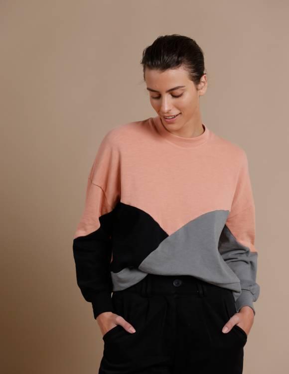Alef Alef | אלף אלף - בגדי מעצבים | סווטשירט El Capitan | פודרה
