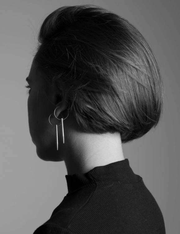 Alef Alef | אלף אלף - בגדי מעצבים | עגיל מסמר NAIL זהב