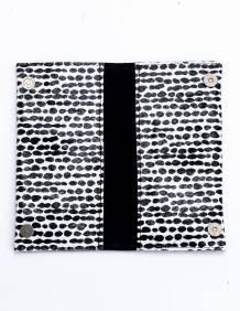Alef Alef   אלף אלף - בגדי מעצבים   ארנק הדפס שחור לבן