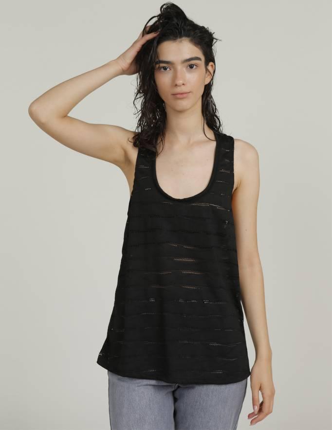 Alef Alef | אלף אלף - בגדי מעצבים | גופית ZOE שחור מחורר