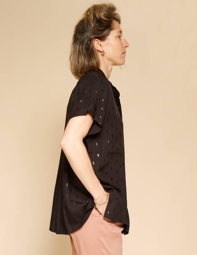 Alef Alef | אלף אלף - בגדי מעצבים | חולצת Mann שחור פויל