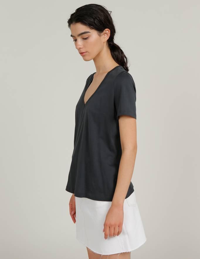 Alef Alef | אלף אלף - בגדי מעצבים | חולצת MERAKI פחם