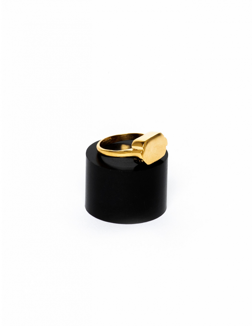 Alef Alef   אלף אלף - בגדי מעצבים   טבעת סימון זהב