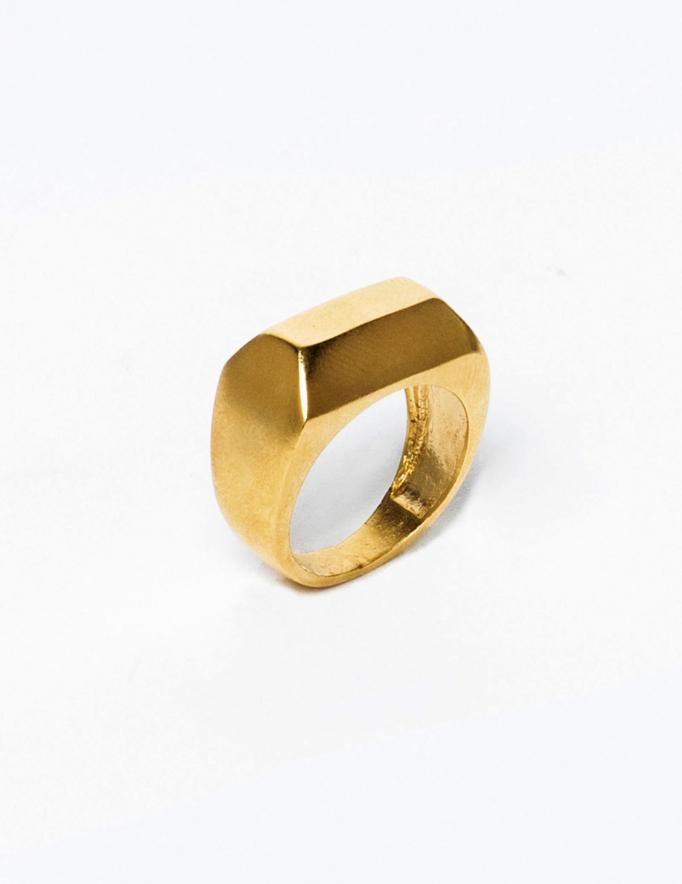 Alef Alef   אלף אלף - בגדי מעצבים   טבעת סרקופג זהב