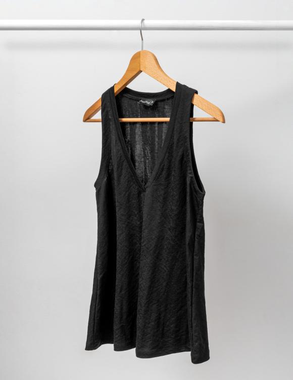 Alef Alef | אלף אלף - בגדי מעצבים | גופיה LIMENIA שחור