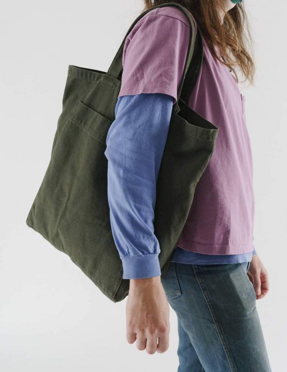 Alef Alef | אלף אלף - בגדי מעצבים | תיק Giant Tote // Baggu זית